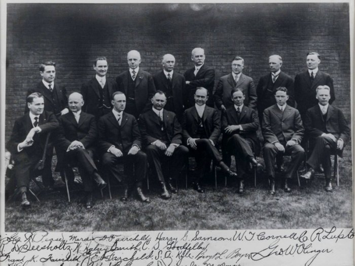 A photo of Selected Independent Funeral Homes' founding members