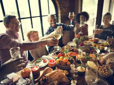 10 ways to remember a loved one at Thanksgiving